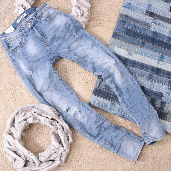 Stretch Jeans in hellblau mit Used Effekten 8070