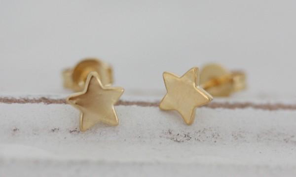 Ohrstecker Stern vergoldet auf ( 925 Silber)