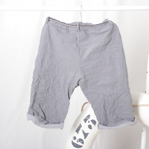 Baumwolle Stretch Shorts mit Bindegürtel in grau