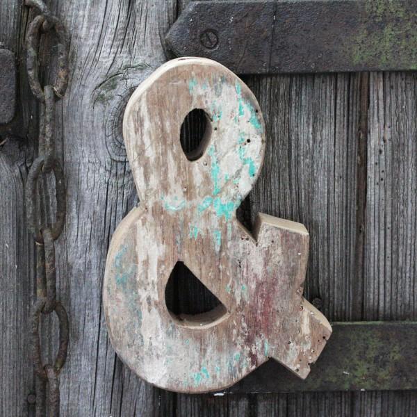 Vintage & Zeichen aus Holz