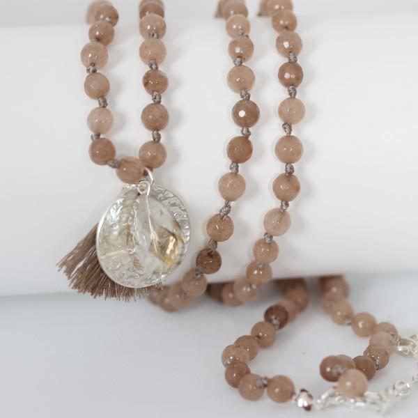 Biba Perlenkette taupe braun mit Plättchen Quast und Perle