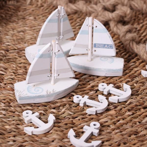 Schiffchen Beach aus Holz mint weiß