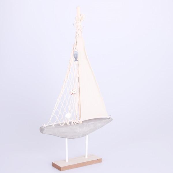 Segelboot mit Betonrumpf